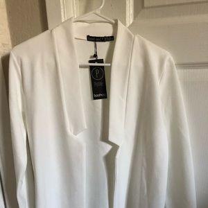 Boohoo white blazer size US 4